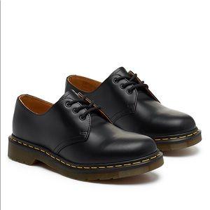 Men's Dr. Martens DERBY 1461 Shoe - EUC